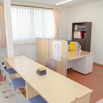 清潔感のあるオフィス